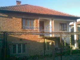 Houses for sale near Dolni Chiflik - 11044