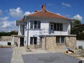 Houses for sale near Elhovo - 11493