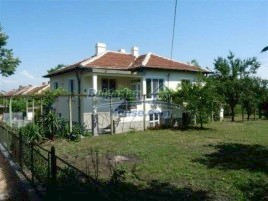 Houses for sale near Sredets - 12261