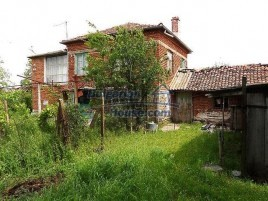 Houses for sale near Dobrich - 10002