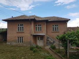 Houses for sale near Targovishte - 12754
