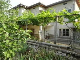Houses for sale near Chirpan - 12766