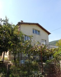 Houses for sale near Svoge - 11632
