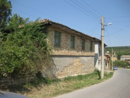 Houses for sale near Targovishte - 11130