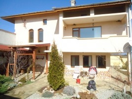 Houses for sale near Popovo - 11127
