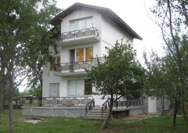Houses for sale near Botevgrad - 11631