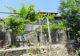 Houses for sale near Tvarditsa - 11149