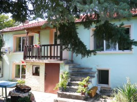 Houses for sale near Stara Zagora - 11820