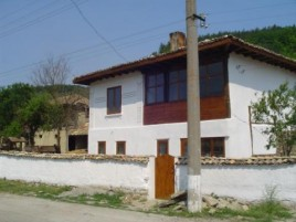 Houses for sale near Targovishte - 12047