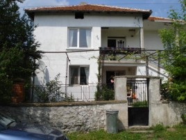 Houses for sale near Sinapovo - 12792