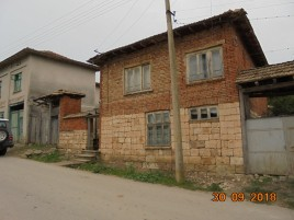 Houses for sale near Targovishte - 12814