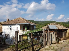 Houses for sale near Targovishte - 13073