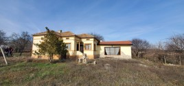 Houses for sale near Dobrich - 13168