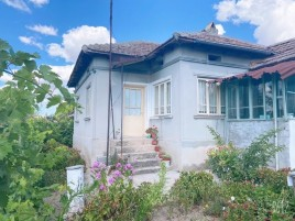 Houses for sale near Dobrich - 13251